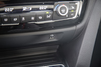 2017 BMW 330e new usb port outlet