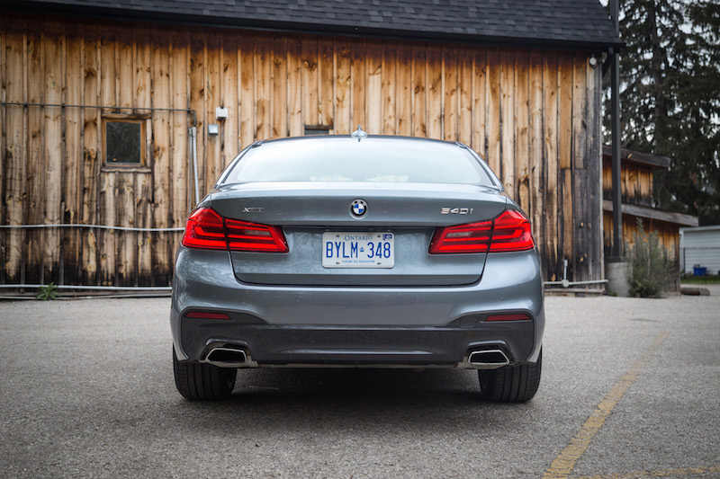 2017 BMW 540i xDrive rear exhaust