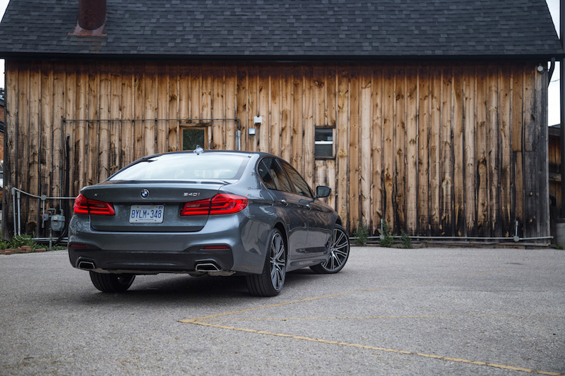 2017 BMW 540i xDrive rear bumper exhaust