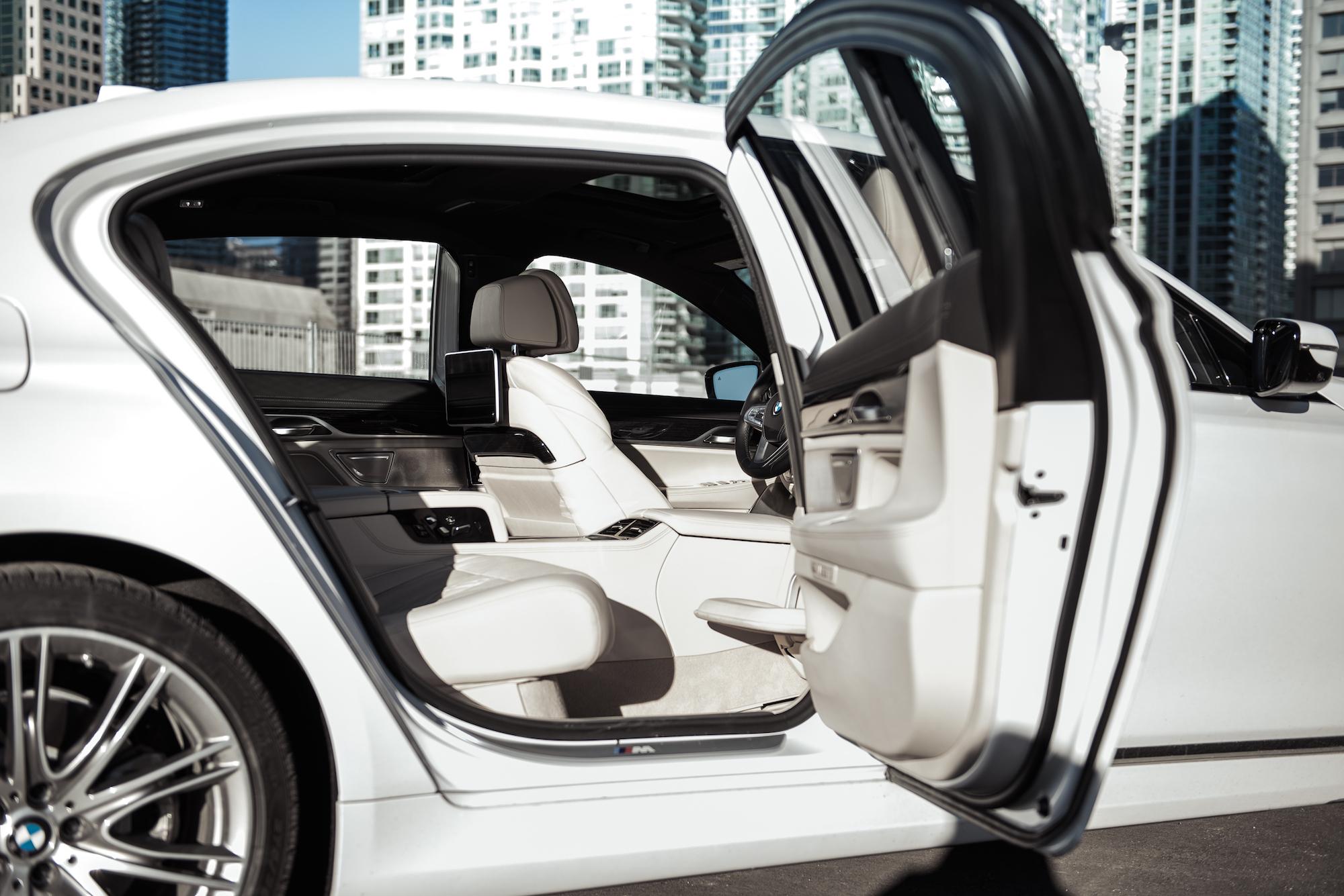Review 2017 Bmw 750li M Sport Canadian Auto Review