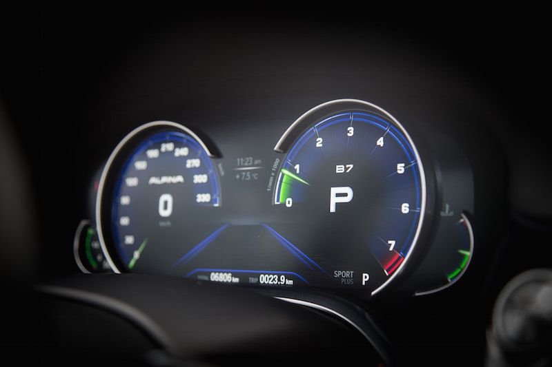 Alpina B7 Gauges sport