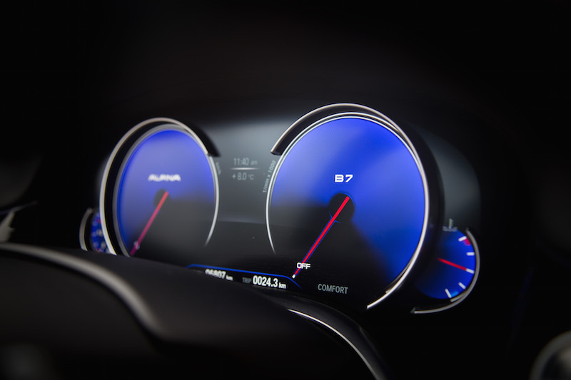 Alpina B7 Gauges blue backwash