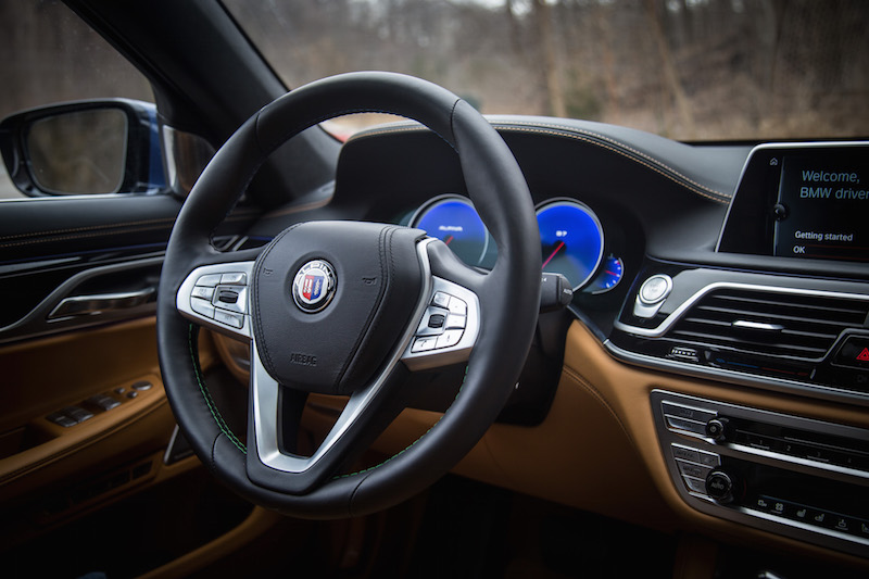 2017 BMW Alpina B7 xDrive steering wheel