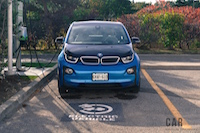 2017 BMW i3 charging at electric station