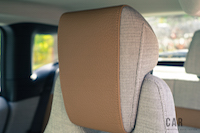 2017 BMW i3 headrests