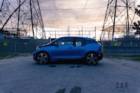 2017 BMW i3 side view 20 inch wheels
