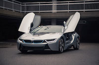 2017 BMW i8 lights doors open