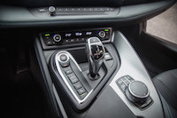 2017 BMW i8 center console gear shifter