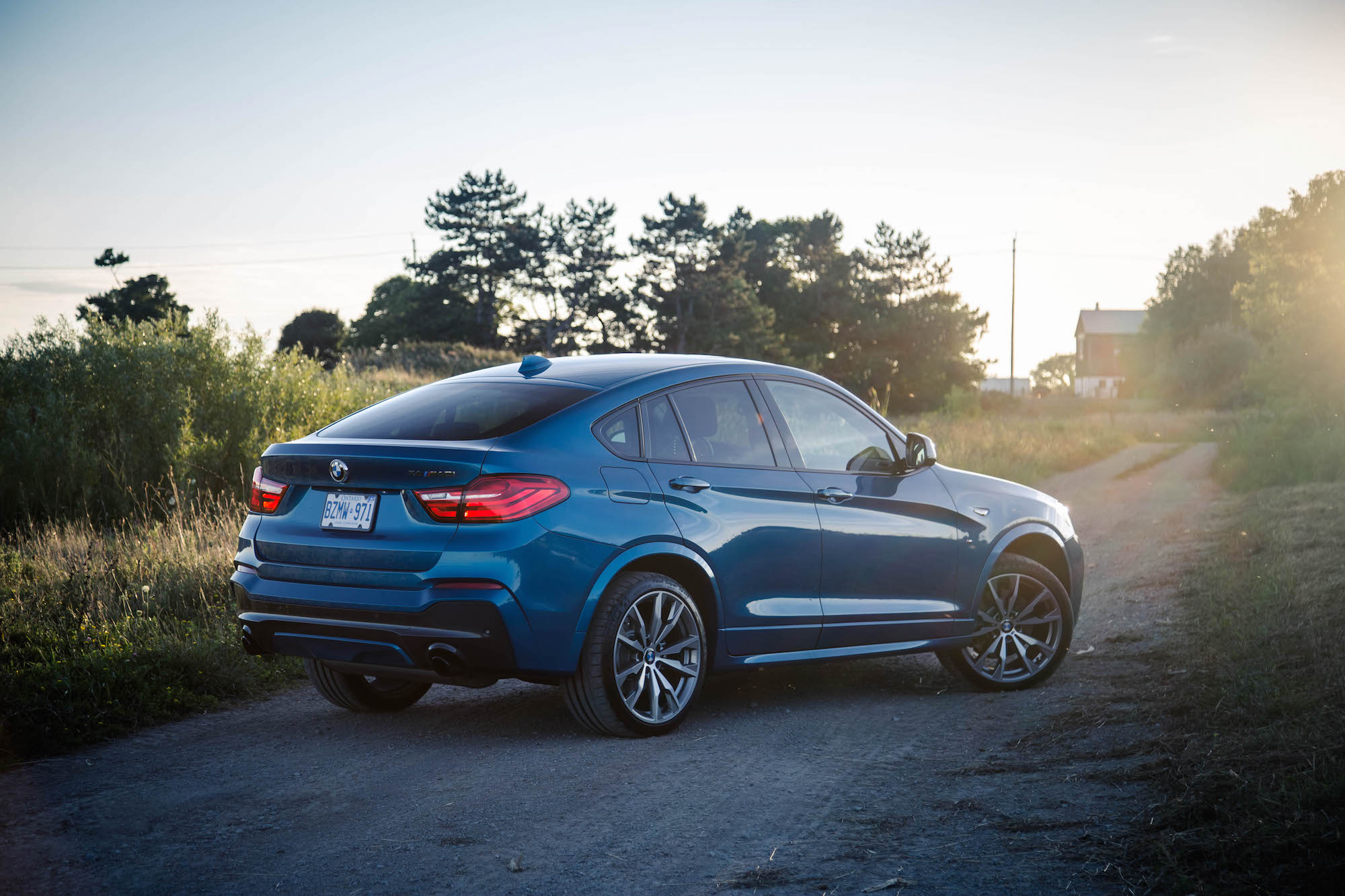 review 2017 bmw x4 m40i canadian auto review. Black Bedroom Furniture Sets. Home Design Ideas