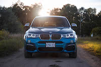 2017 BMW X4 M40i front view bumper grill