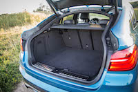 2017 BMW X4 M40i trunk storage space