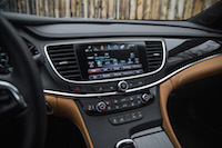 2017 Buick LaCrosse infotainment screen