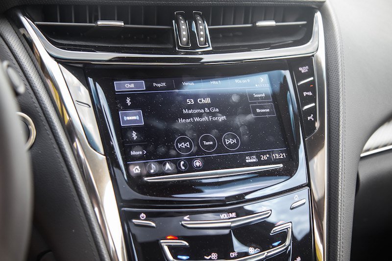 2017 Cadillac CTS-V new cue infotainment system