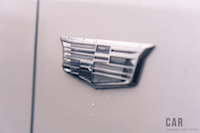 2017 Cadillac XT5 Platinum fender badge