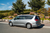 Chrysler Pacifica Touring-L minivan new