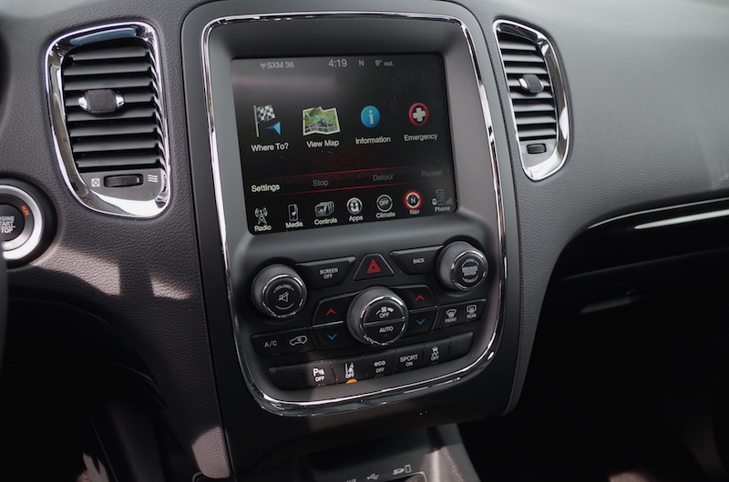 2017 Dodge Durango Citadel display touchscreen