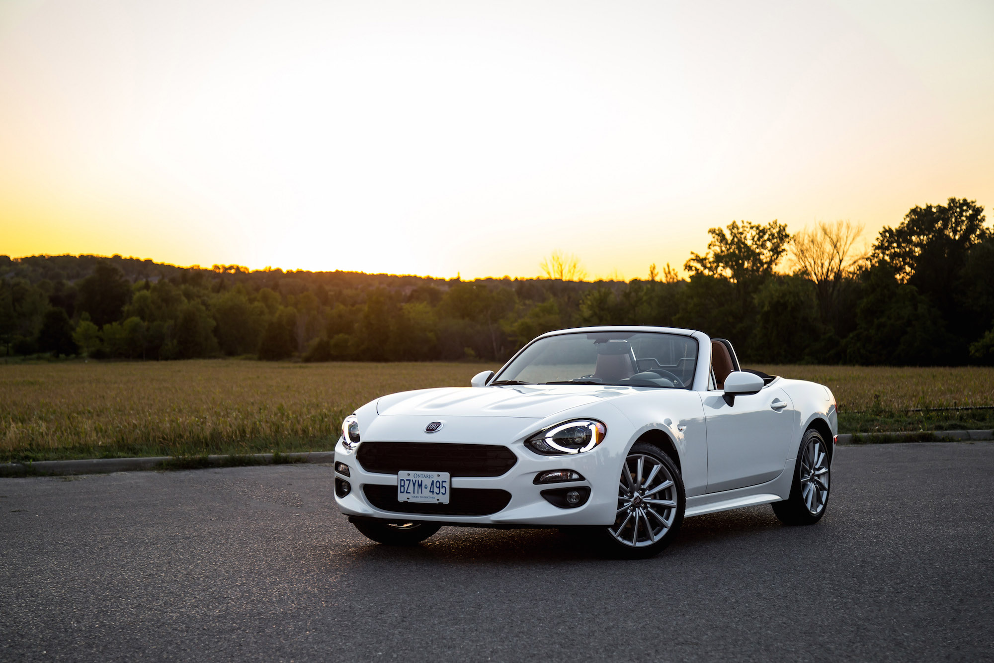 review 2017 fiat 124 spider canadian auto review. Black Bedroom Furniture Sets. Home Design Ideas