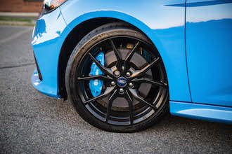 2017 Ford Focus RS brembo brakes michelin pilot cup 2