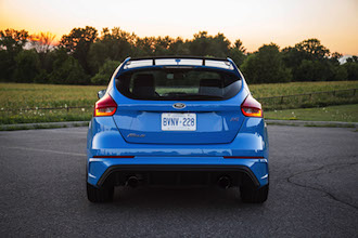 2017 Ford Focus RS rear view nitrous blue canada