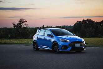 2017 Ford Focus RS stance