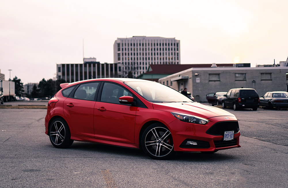 2017 Ford Focus ST canada review new used price canada