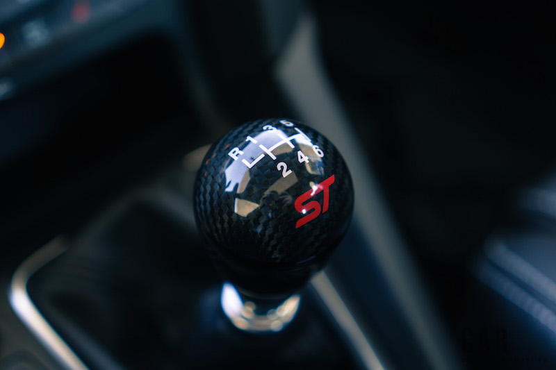 2017 Ford Focus ST carbon fibre accent package shift knob