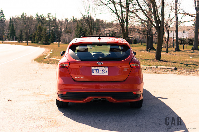 2017 Ford Focus ST rear view red
