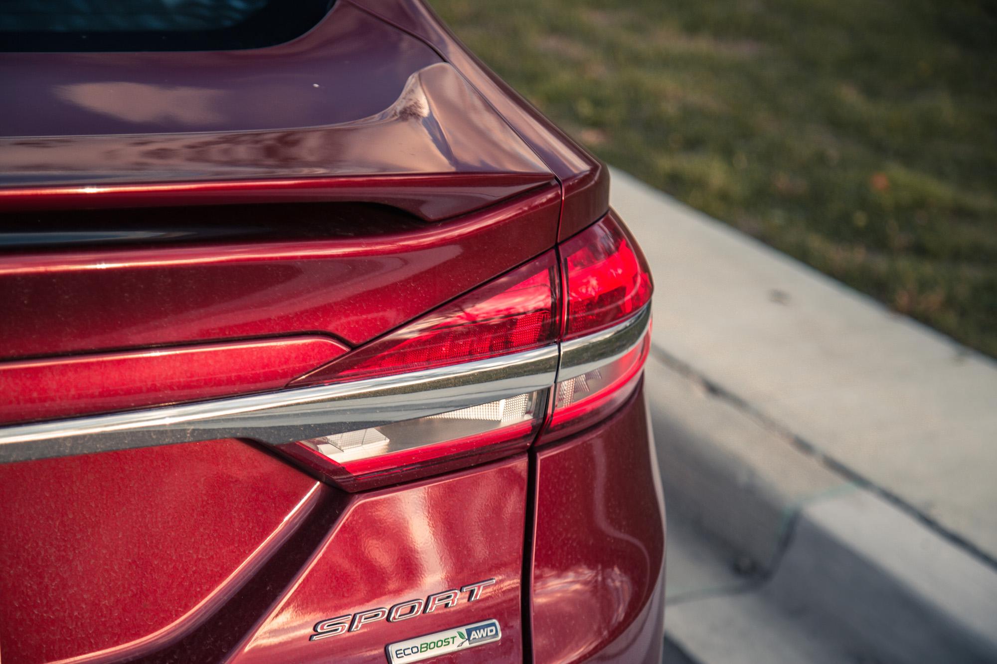 fusion ford sport v6 spoiler rear auto normal