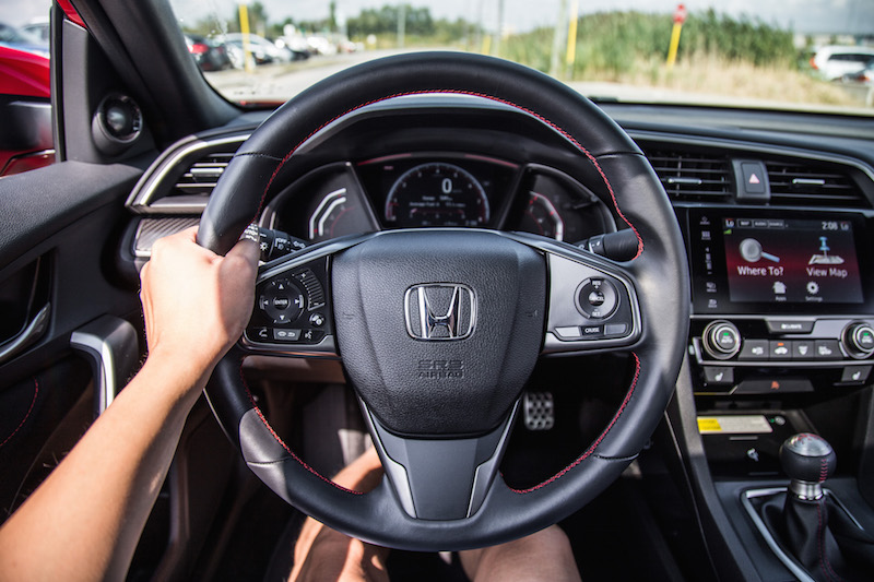 2017 Honda Civic Si Coupe steering wheel driving pov
