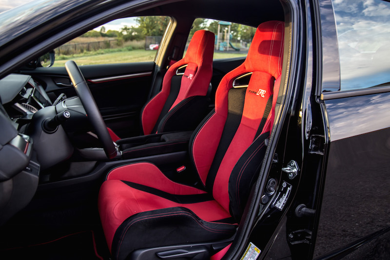 2017 Honda Civic Type R FK8 front bucket seats