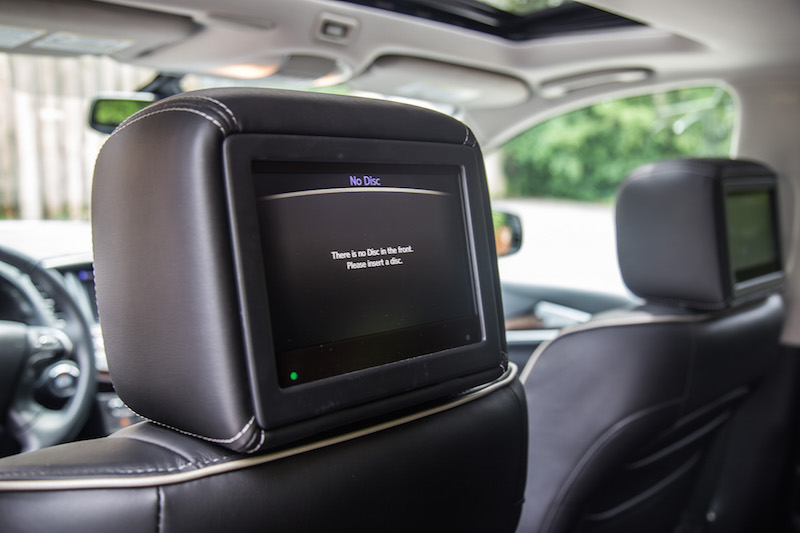 2017 Infiniti QX60 AWD bigger larger rear entertainment screens