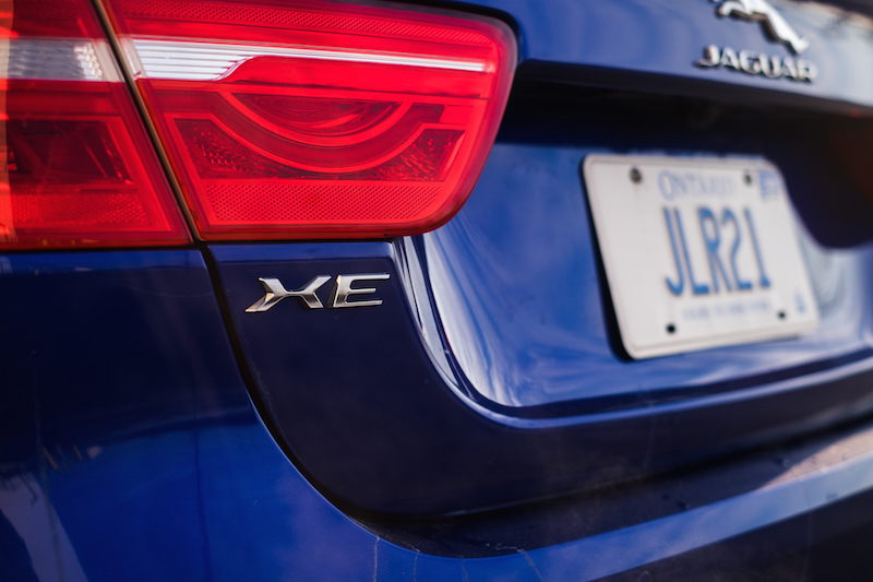 2017 Jaguar XE 35t badge