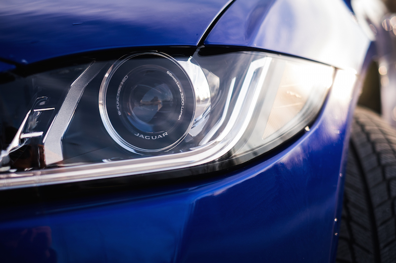 2017 Jaguar XE 35t headlights camera