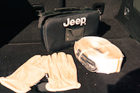 2017 Jeep Cherokee Trailhawk off-road kit with gloves rope