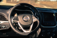 2017 Jeep Cherokee Trailhawk steering wheel