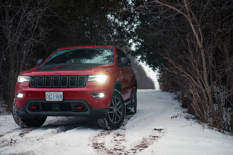 2017 Jeep Grand Cherokee Trailhawk lights