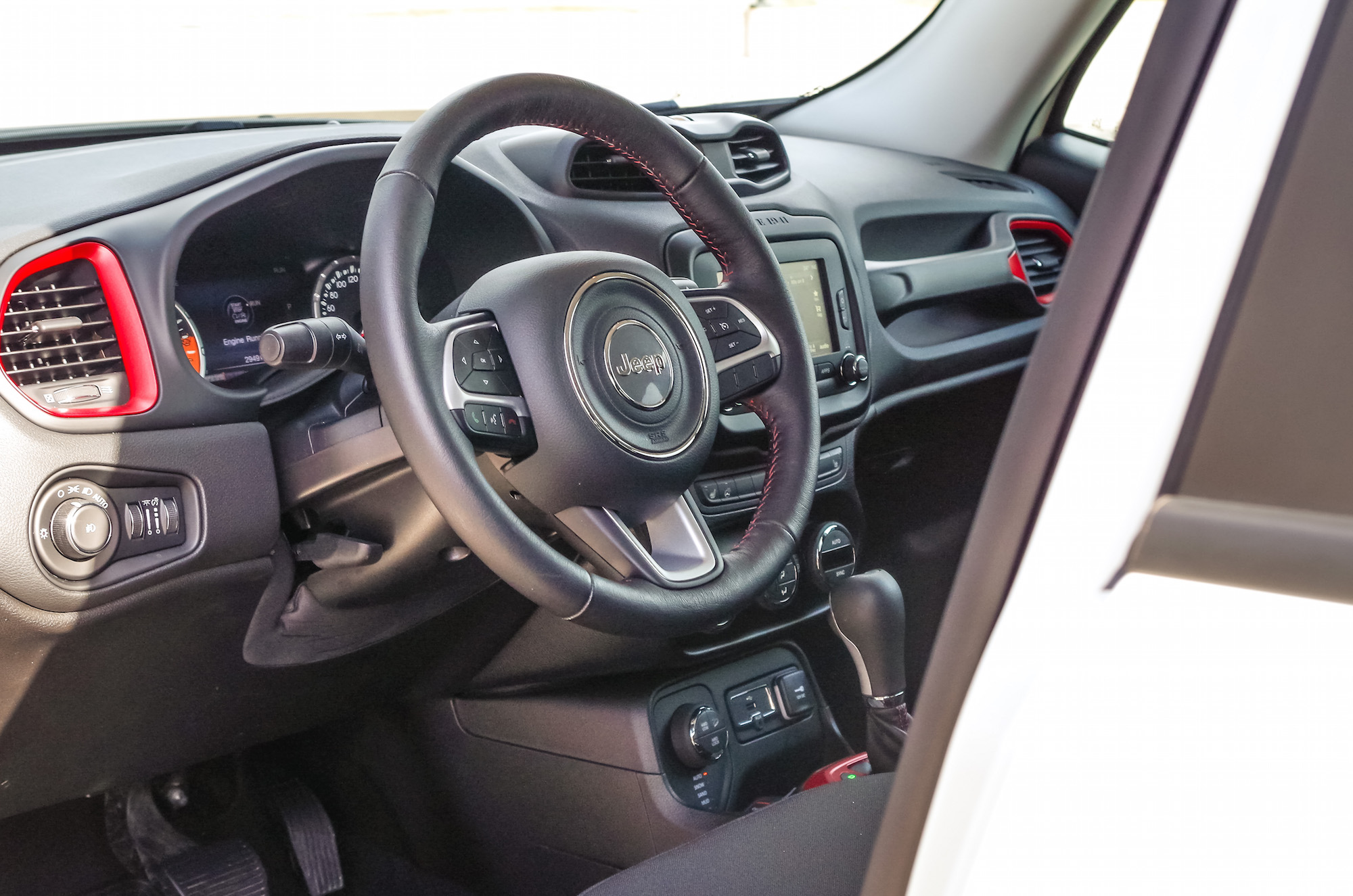 Review 2017 jeep renegade trailhawk canadian auto review - Jeep renegade trailhawk interior ...