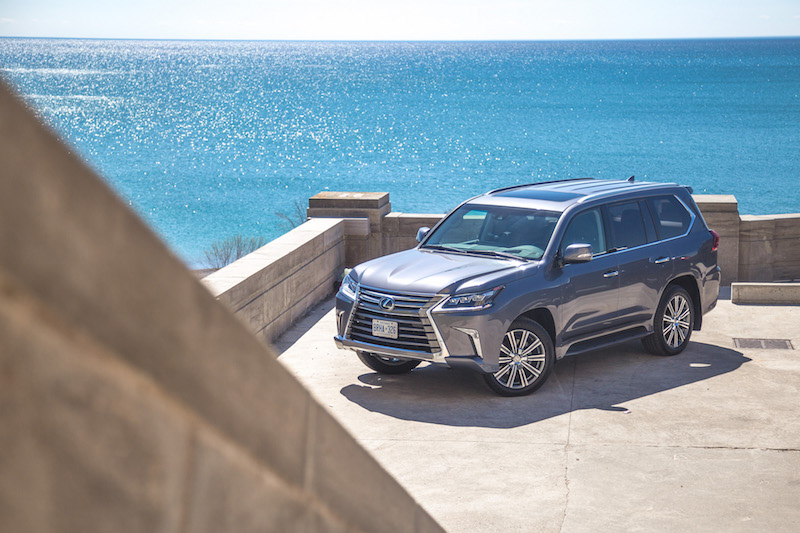 2017 Lexus LX 570 scarborough beaches