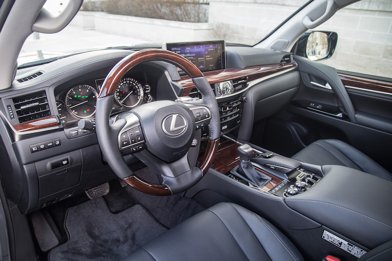 2017 Lexus LX 570 black interior