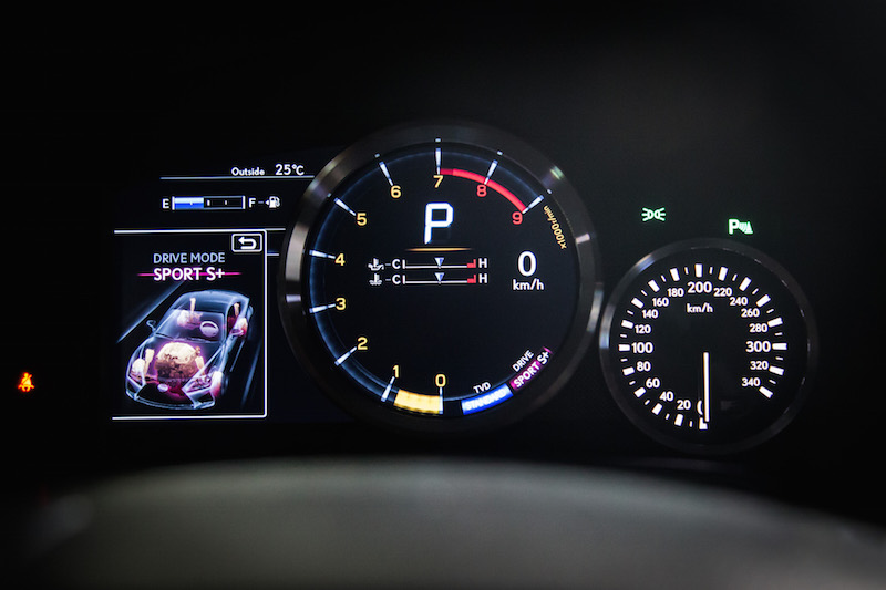 2017 Lexus RC F sport+ gauge digital
