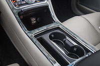 2017 Lincoln Continental center console storage