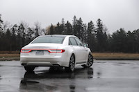 2017 Lincoln Continental Reserve AWD white rear end