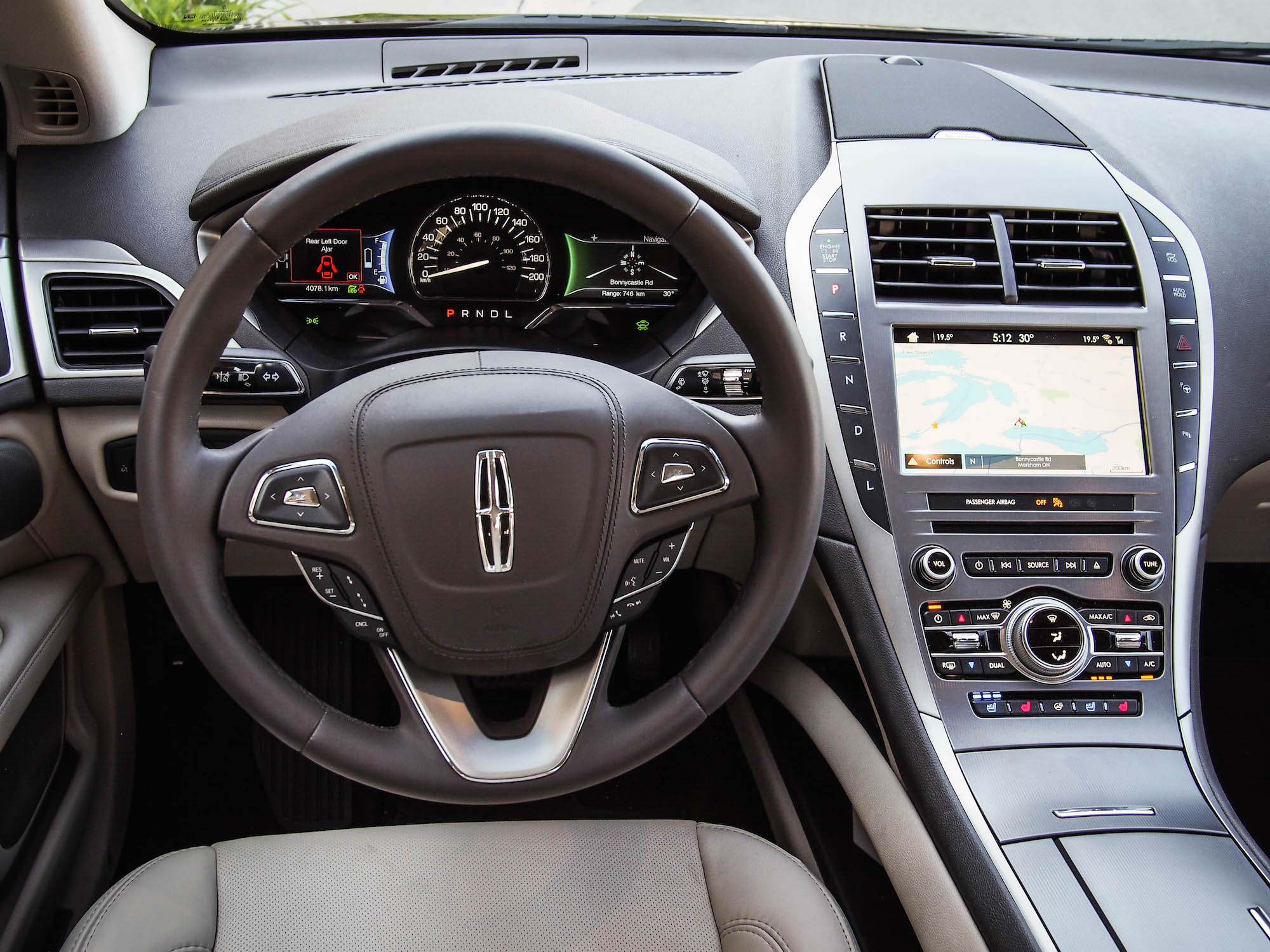 2017 lincoln mkz hybrid canadian auto review. Black Bedroom Furniture Sets. Home Design Ideas