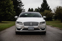 2017 Lincoln MKZ Reserve 3.0T front view