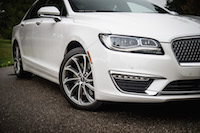 2017 Lincoln MKZ Reserve 3.0T front fenders lights