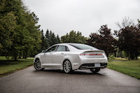 2017 Lincoln MKZ Reserve 3.0T white paint rear quarter