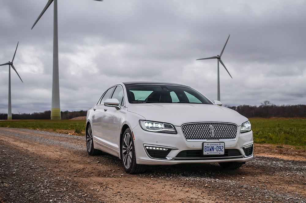 Lincoln MKZ Hybrid canada review