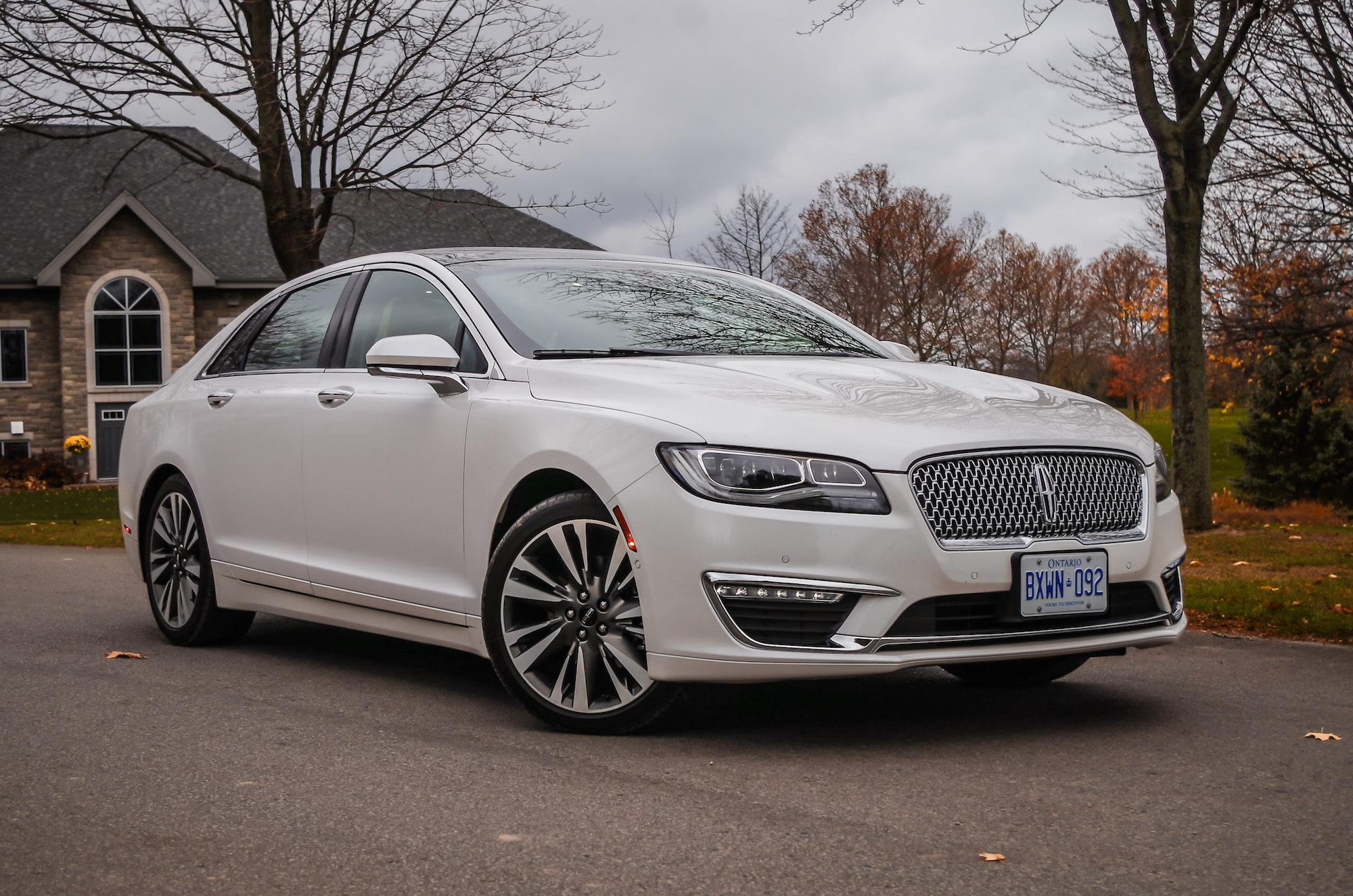 Review 2017 lincoln mkz hybrid canadian auto review - 2017 lincoln mkz hybrid interior ...