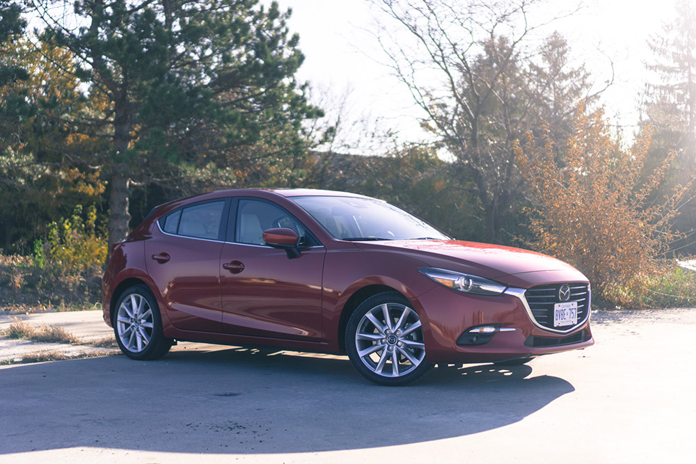 review 2017 mazda3 gt manual canadian auto review. Black Bedroom Furniture Sets. Home Design Ideas