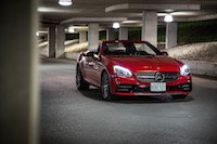 2017 Mercedes-AMG SLC 43 led lights